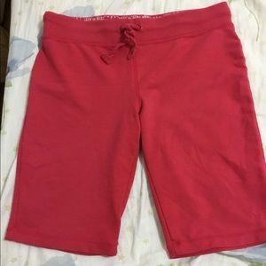 Bermuda shorts coral